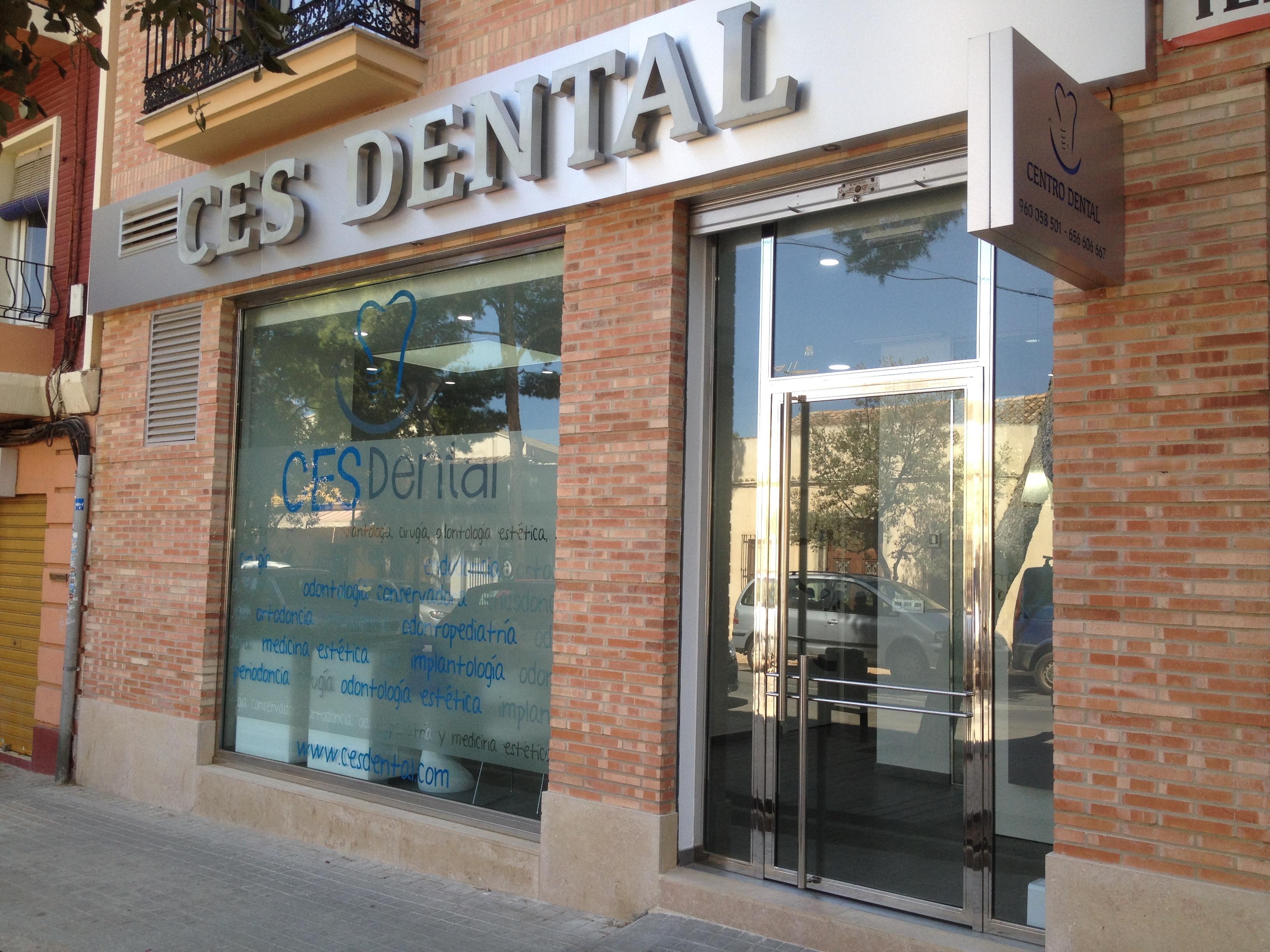 Ces dental acogedora y pr ctica david moreno interiores for Proyectos interiorismo valencia