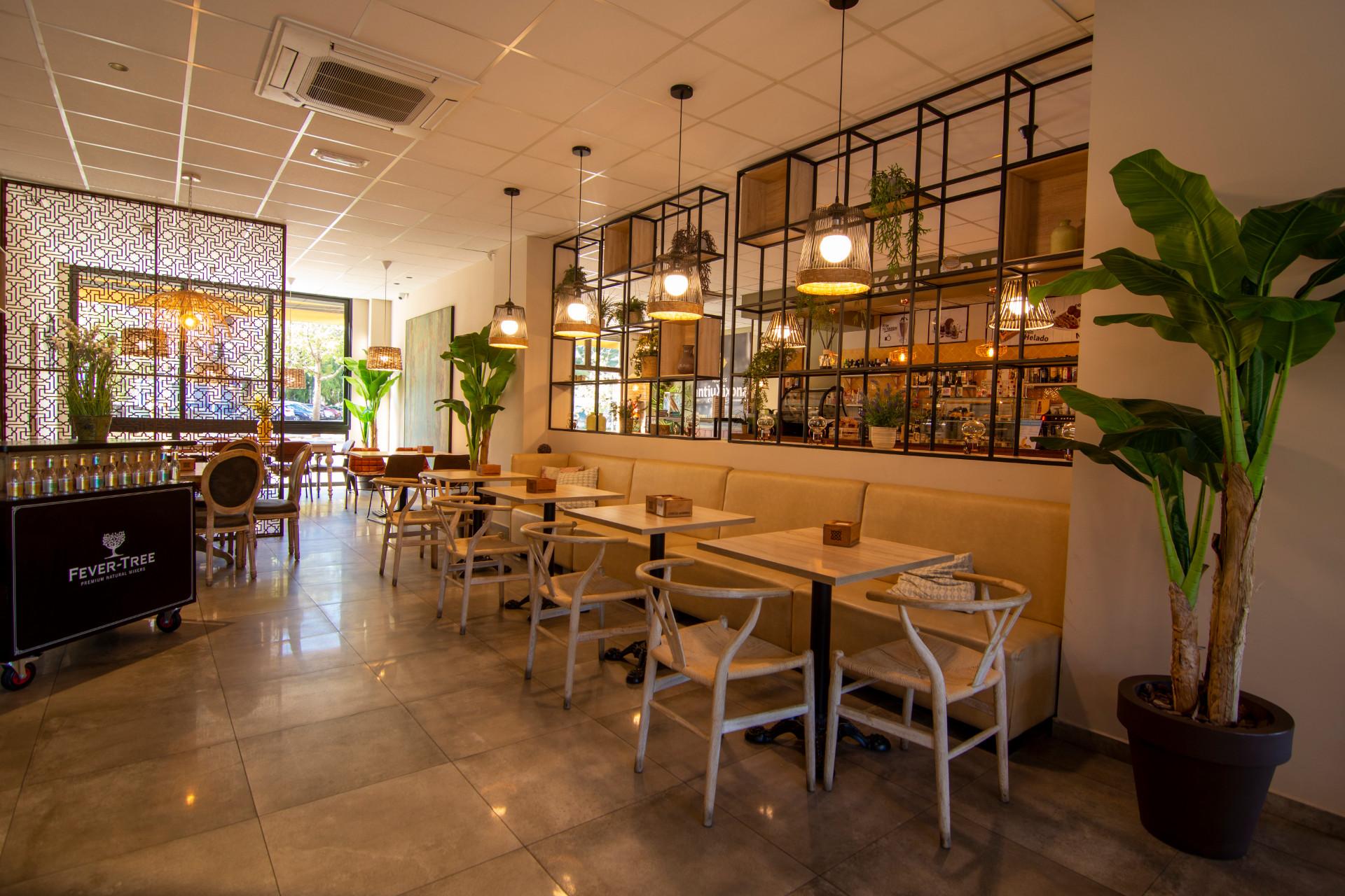proyectos-interiorismo-interioristas-comercios-empresas-reformas-locales-comerciales-cafeterias-cafe-kumaru-3