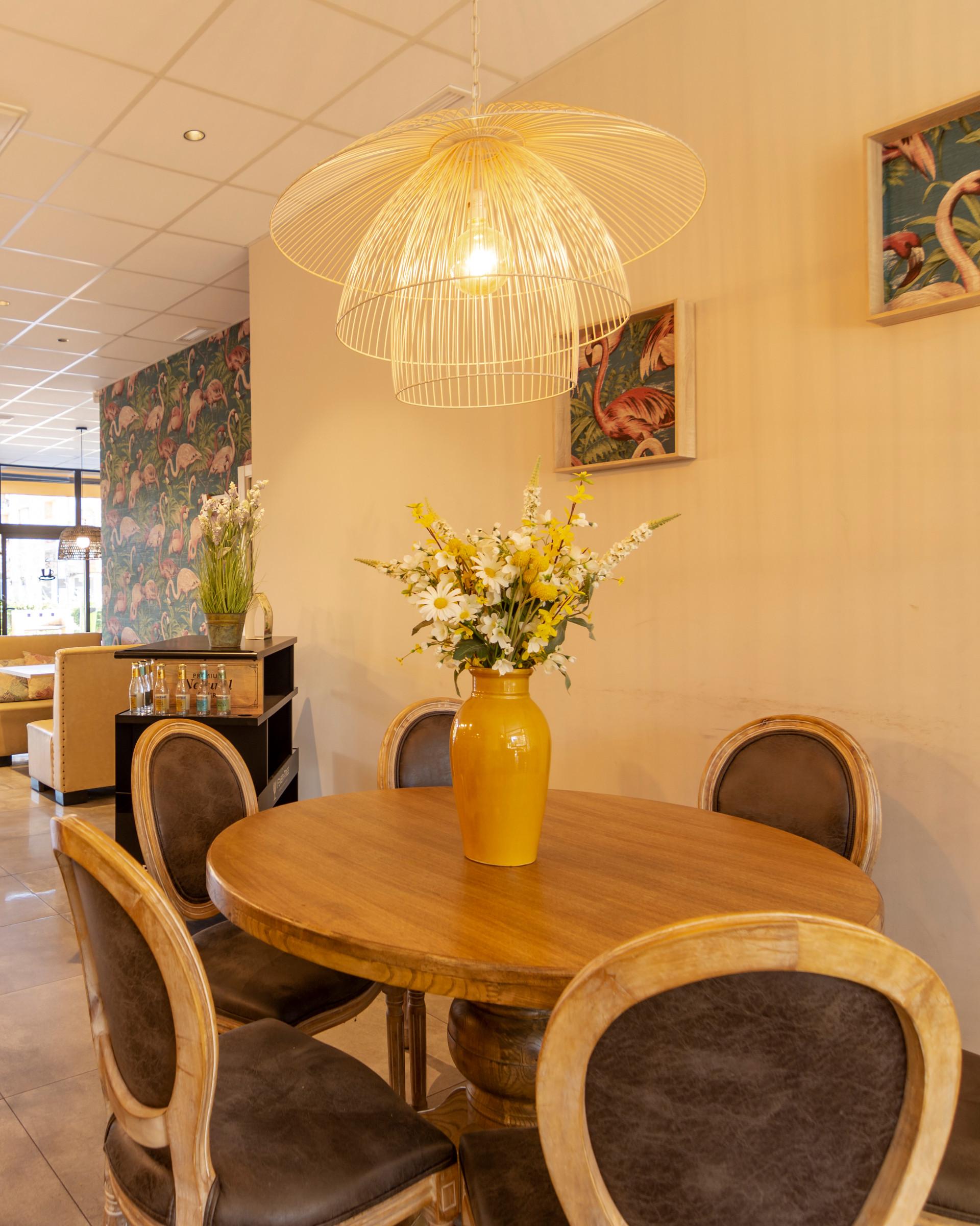 proyectos-interiorismo-interioristas-comercios-empresas-reformas-locales-comerciales-cafeterias-cafe-kumaru-6